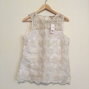 Banana Republic flower embroidered top